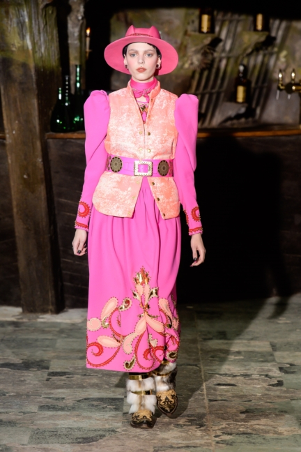 manish-arora-paris-fashion-week-aw-16-26