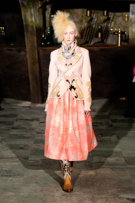 manish-arora-paris-fashion-week-aw-16-3