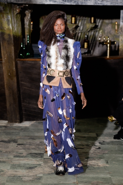 manish-arora-paris-fashion-week-aw-16-36