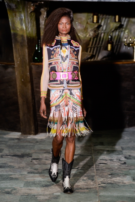 manish-arora-paris-fashion-week-aw-16-7