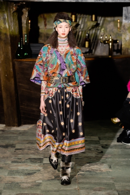 manish-arora-paris-fashion-week-aw-16-8