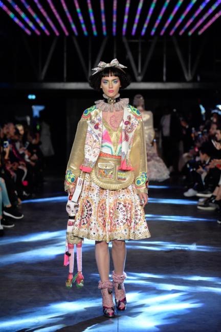 manish-arora-paris-fashion-week-spring-summer-2016-13