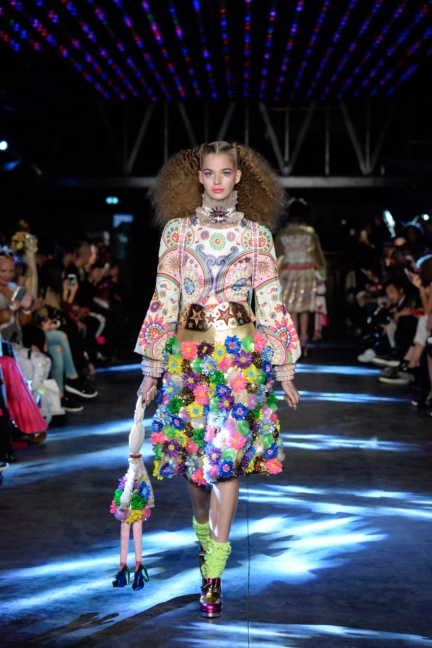 manish-arora-paris-fashion-week-spring-summer-2016-14