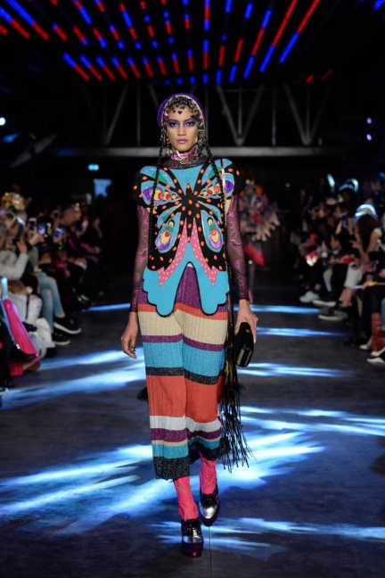 manish-arora-paris-fashion-week-spring-summer-2016-23
