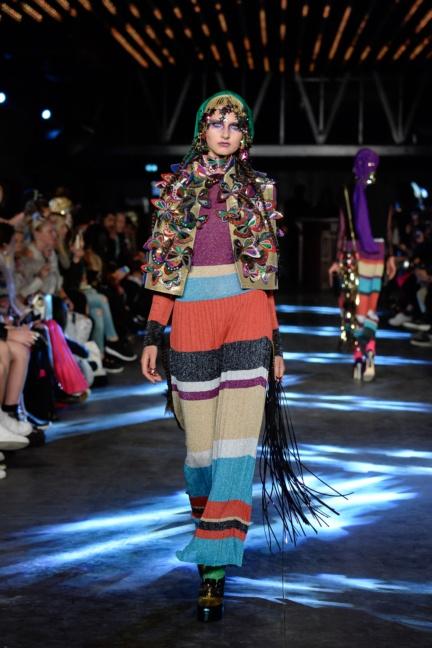manish-arora-paris-fashion-week-spring-summer-2016-24