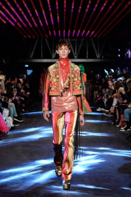 manish-arora-paris-fashion-week-spring-summer-2016-4