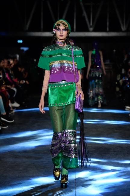 manish-arora-paris-fashion-week-spring-summer-2016-41