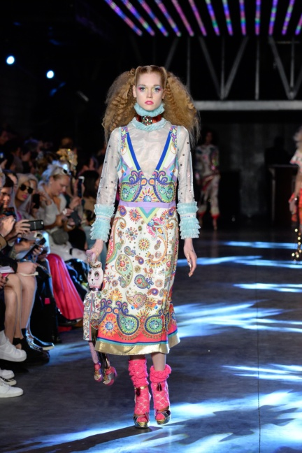 manish-arora-paris-fashion-week-spring-summer-2016-8