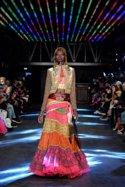 manish-arora-paris-fashion-week-spring-summer-2016