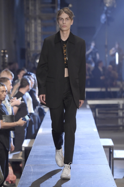 raf-simons-paris-mens-spring-summer-2016-24