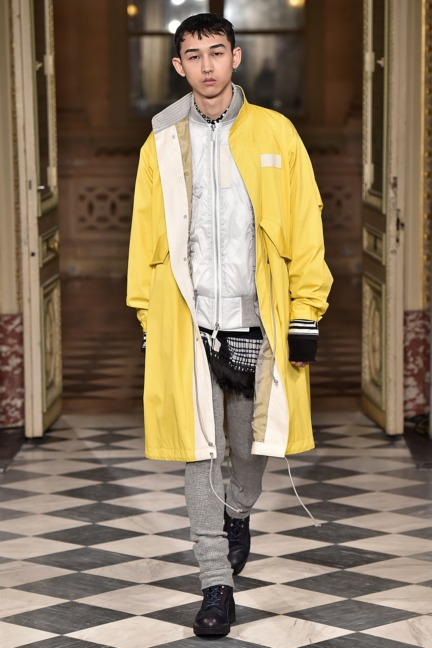 sacai-paris-mens-aw-16-37