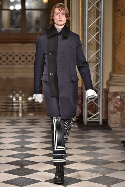 sacai-paris-mens-aw-16-39