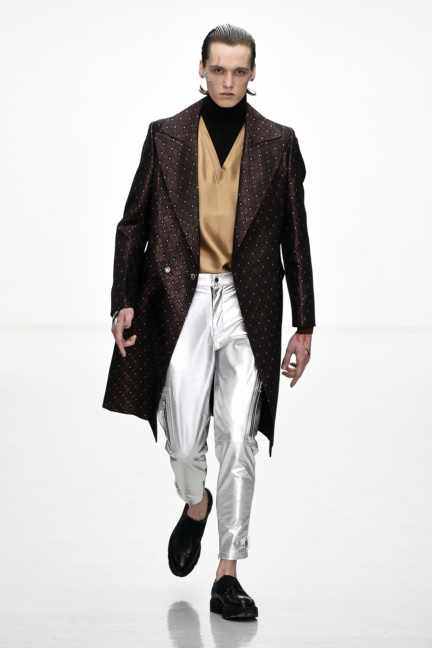 sean-suen-paris-men-aw-16-17