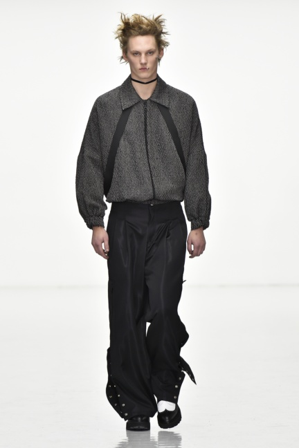 sean-suen-paris-men-aw-16-28