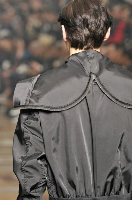 lanvin-paris-mens-spring-summer-2015-detail-39
