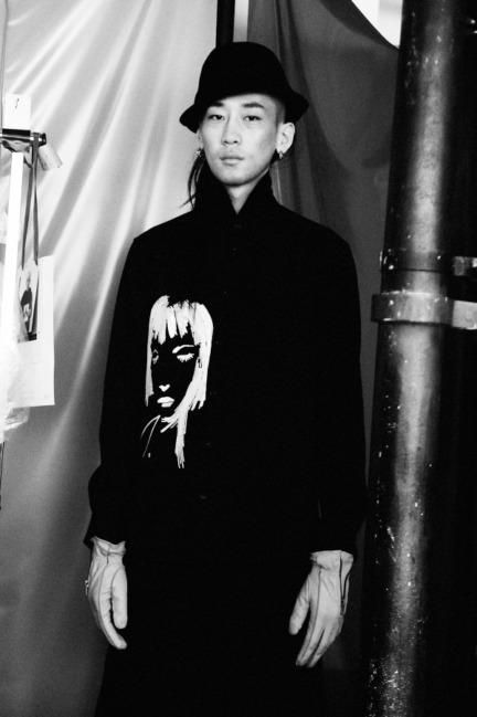 yohji-yamamoto-paris-mens-aw-16-18