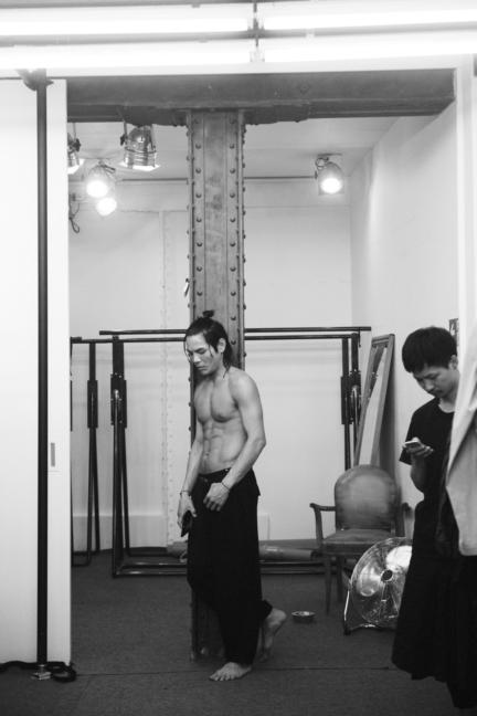 dsc_6161_yohji-yamamoto-homme-ss18-_elise-toide