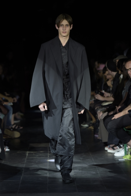 yproject-paris-mens-spring-summer-2016-37
