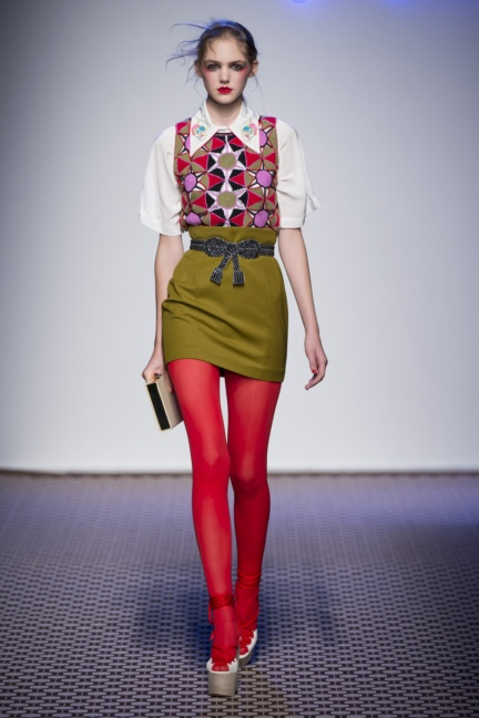 olympia-le-tan-paris-fashion-week-spring-summer-2016-16