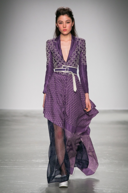 rahul-mishra-paris-fashion-week-aw-16-18
