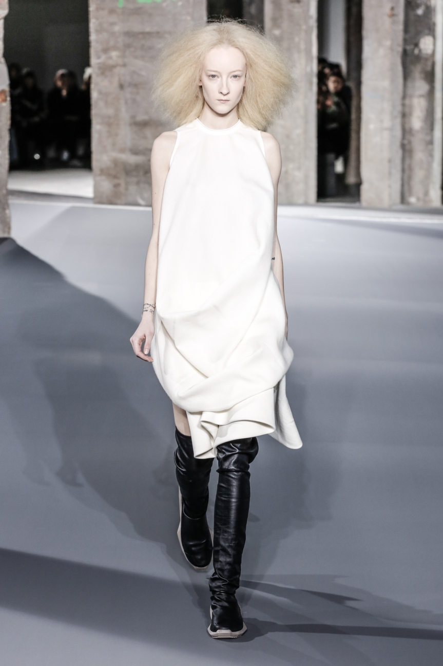 rick_owens_fallwinter2016_look_02