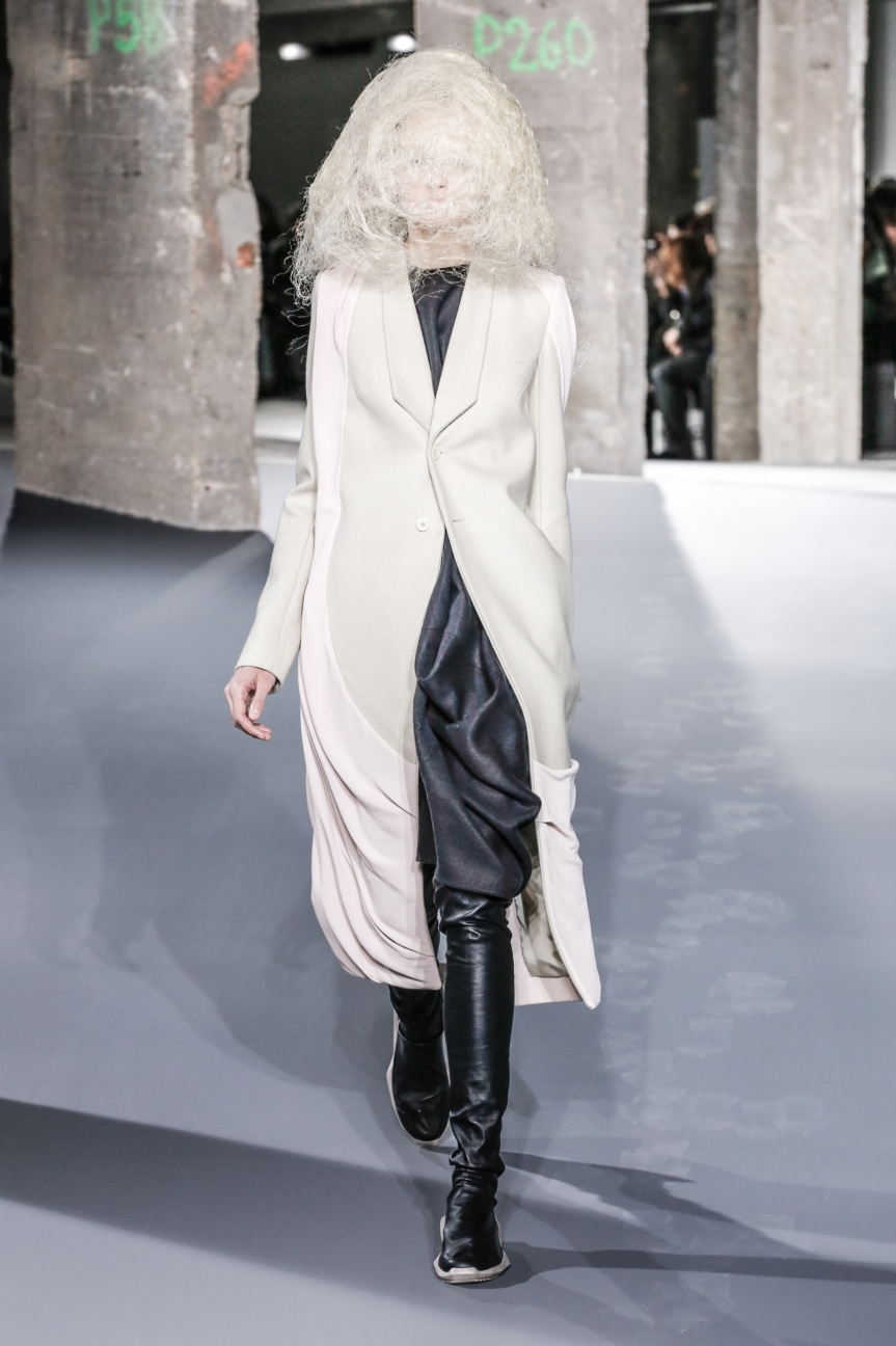 rick_owens_fallwinter2016_look_10