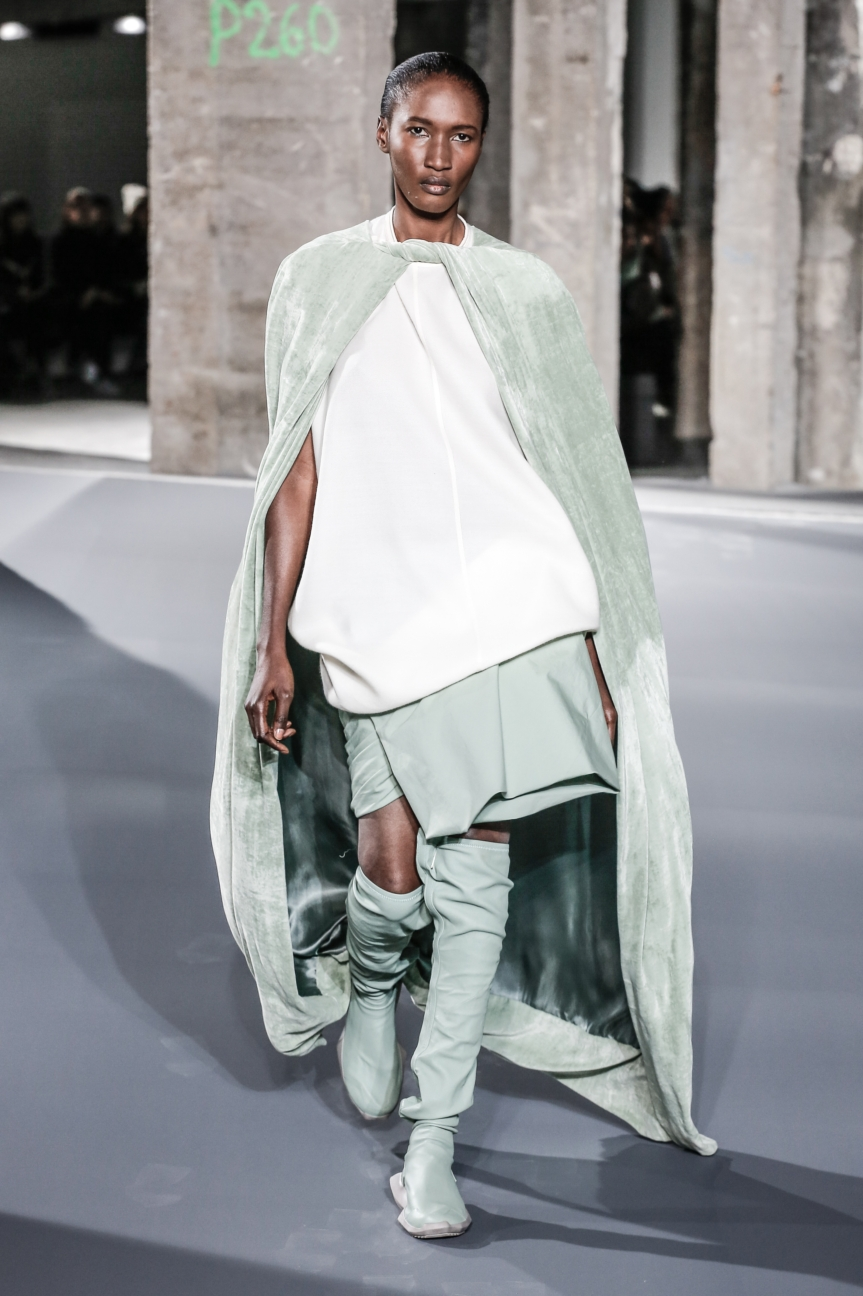 rick_owens_fallwinter2016_look_16
