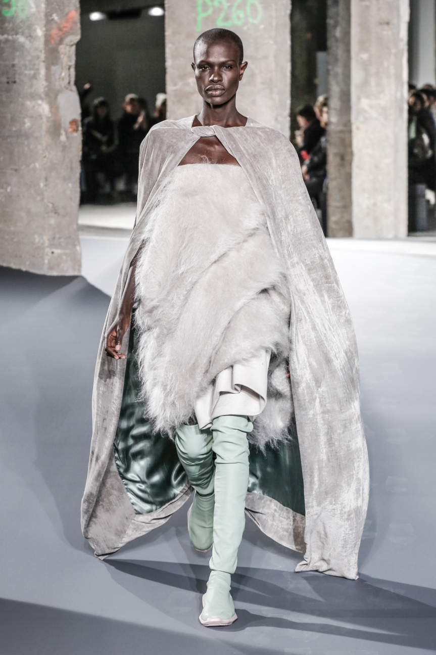 rick_owens_fallwinter2016_look_20