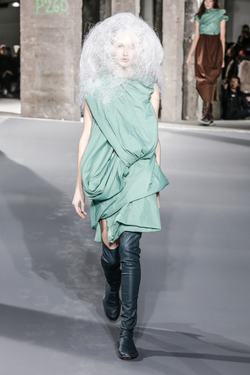 rick_owens_fallwinter2016_look_23