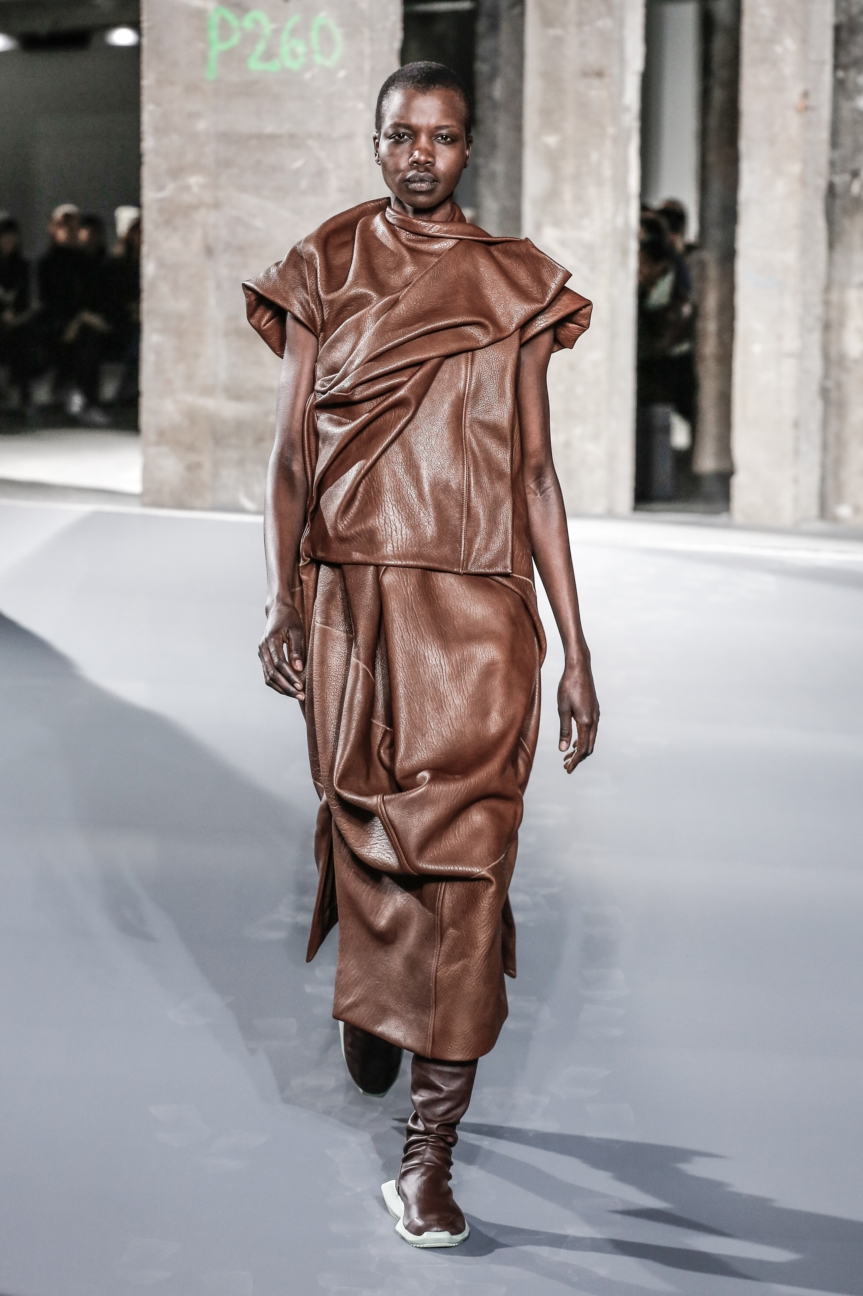 rick_owens_fallwinter2016_look_25