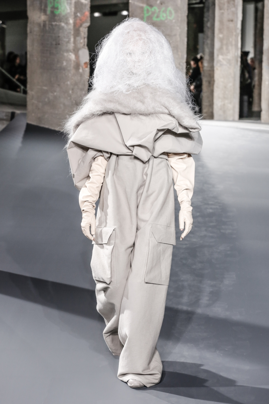 rick_owens_fallwinter2016_look_39