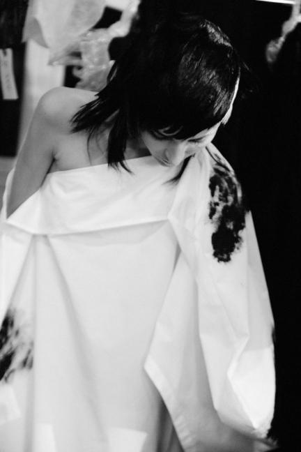 dsc_3898-yohji-yamamoto-femme-ss17-elise-toide