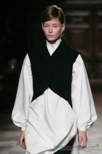 aganovitch-paris-fashion-week-autumn-winter-2014-10