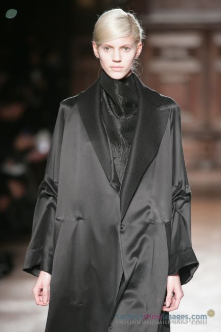 aganovitch-paris-fashion-week-autumn-winter-2014-12