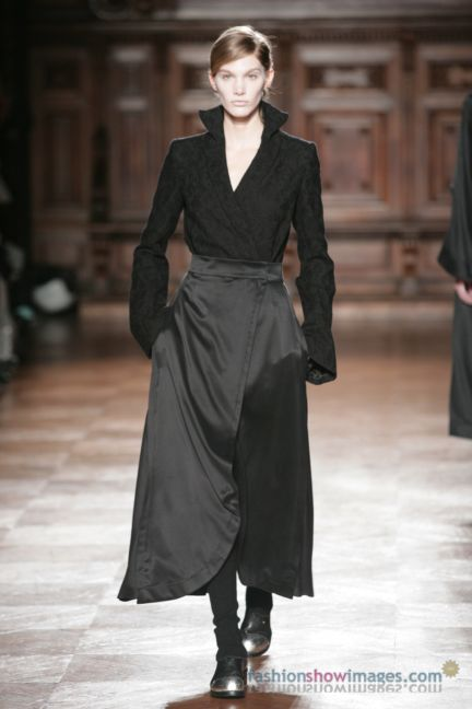 aganovitch-paris-fashion-week-autumn-winter-2014-13
