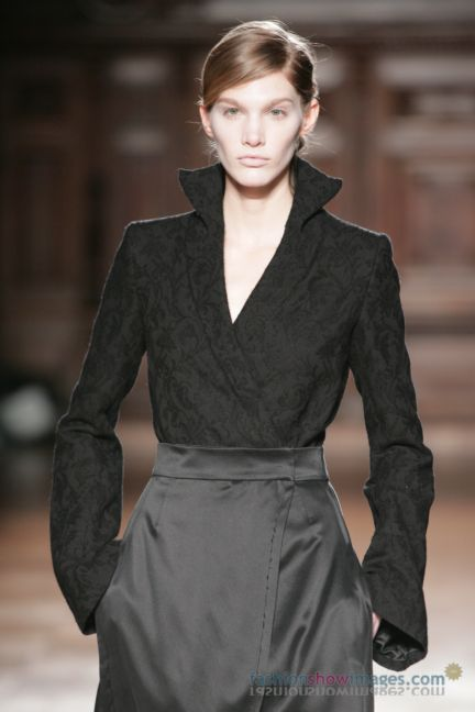 aganovitch-paris-fashion-week-autumn-winter-2014-14