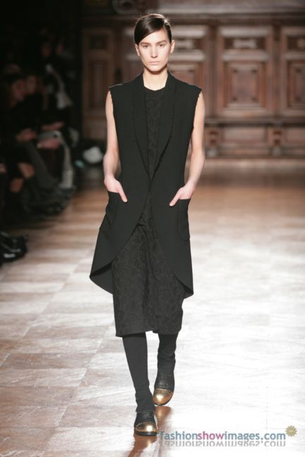 aganovitch-paris-fashion-week-autumn-winter-2014-21