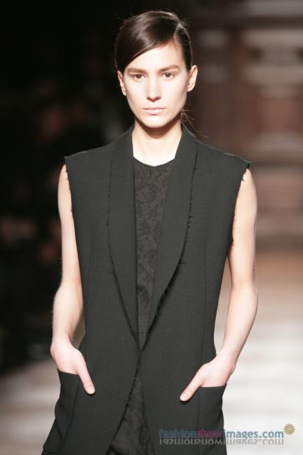 aganovitch-paris-fashion-week-autumn-winter-2014-22