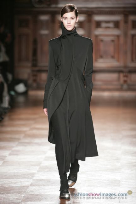 aganovitch-paris-fashion-week-autumn-winter-2014-23