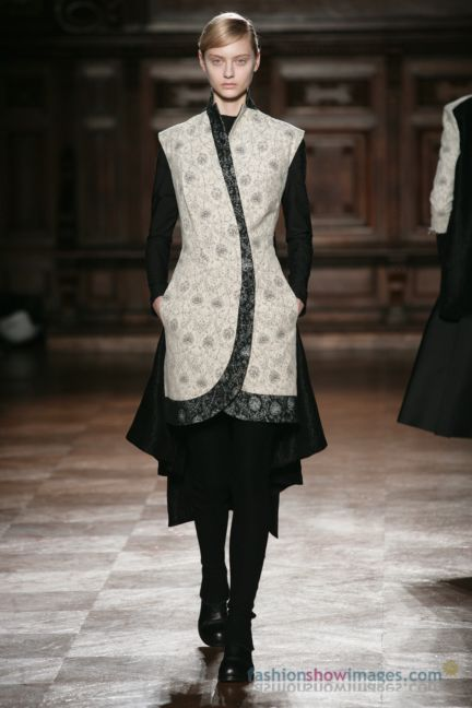 aganovitch-paris-fashion-week-autumn-winter-2014-27