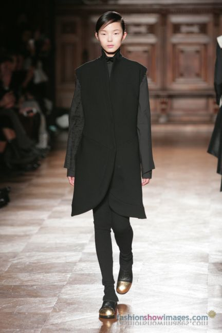aganovitch-paris-fashion-week-autumn-winter-2014-29