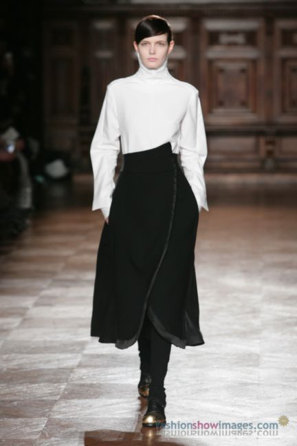 aganovitch-paris-fashion-week-autumn-winter-2014-3