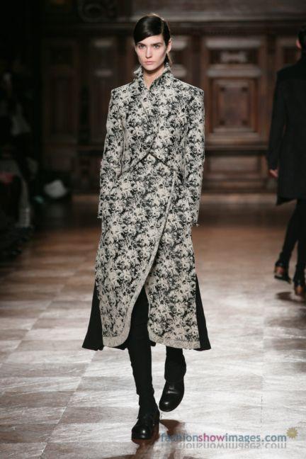 aganovitch-paris-fashion-week-autumn-winter-2014-31