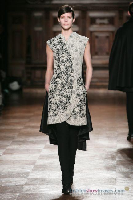 aganovitch-paris-fashion-week-autumn-winter-2014-35