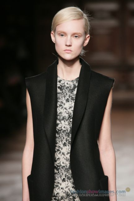 aganovitch-paris-fashion-week-autumn-winter-2014-38