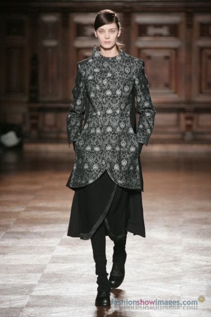 aganovitch-paris-fashion-week-autumn-winter-2014-43