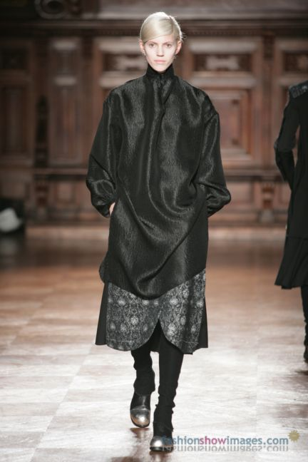 aganovitch-paris-fashion-week-autumn-winter-2014-45