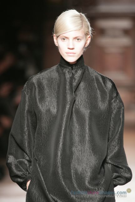 aganovitch-paris-fashion-week-autumn-winter-2014-46