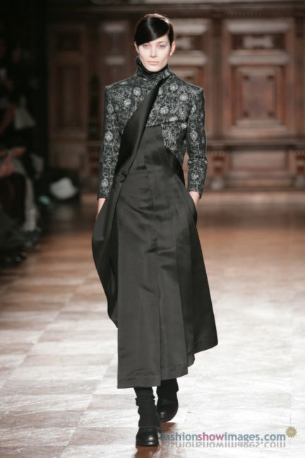 aganovitch-paris-fashion-week-autumn-winter-2014-47