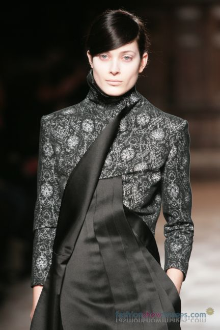 aganovitch-paris-fashion-week-autumn-winter-2014-48